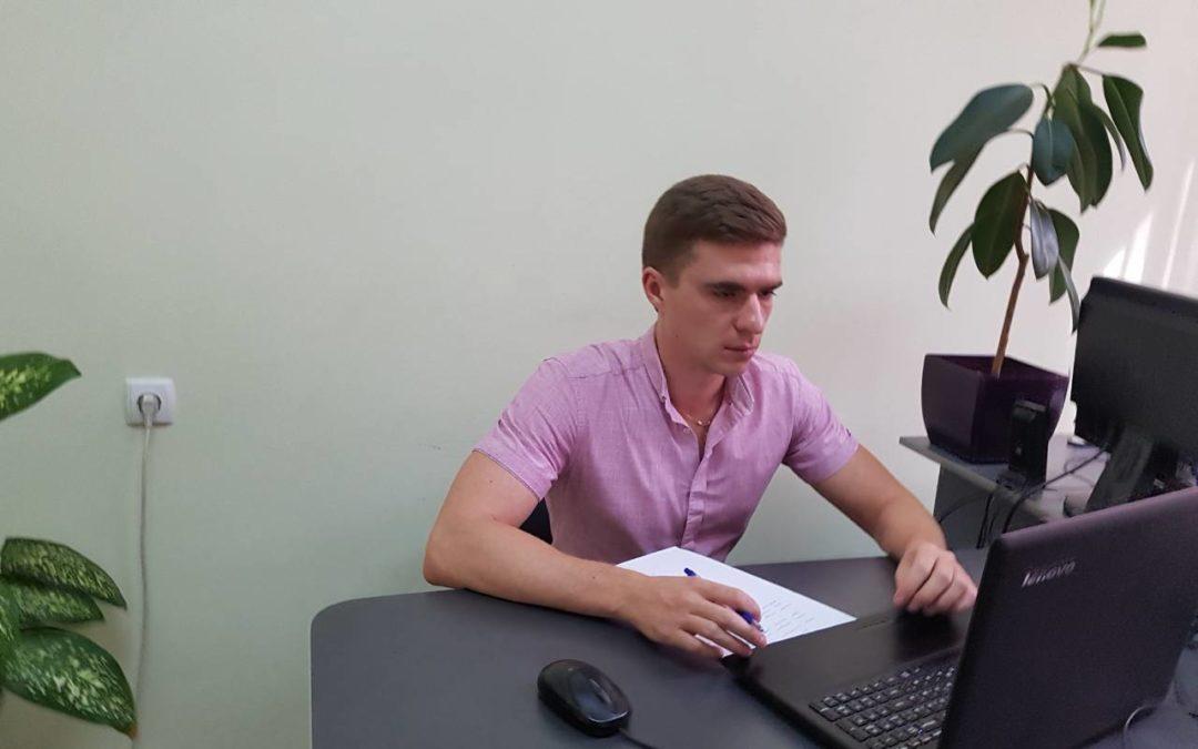 Юристи Чугуївської правозахисної групи надають безкоштовні консультації з земельних питань засобами Skype-зв'язку